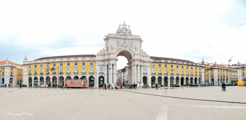 Lisbon square_firma